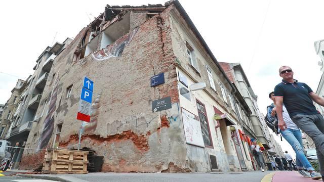 Zagreb: Zgrada oštećena u potresu čeka sanaciju