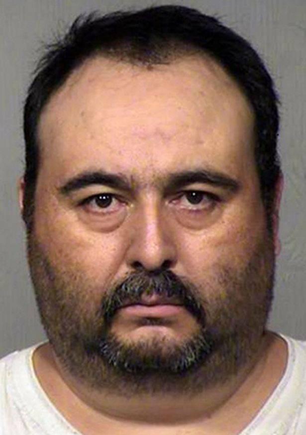Uzeo pušku i natjerao stranca na seks s njegovom suprugom