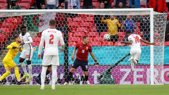 Euro 2020 - Group D - Czech Republic v England