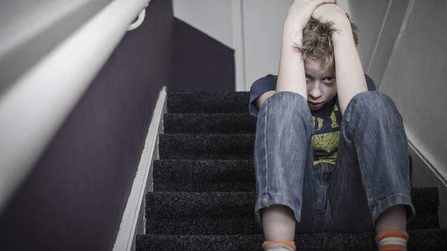 Osam znakova da ste odrasli u toksičnoj obitelji: Posljedice mogu trajati cijeli život...