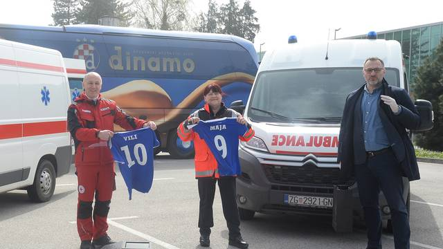Zagreb: Dinamo donirao dva vozila hitne pomoći gradskom stožeru civilne zaštite