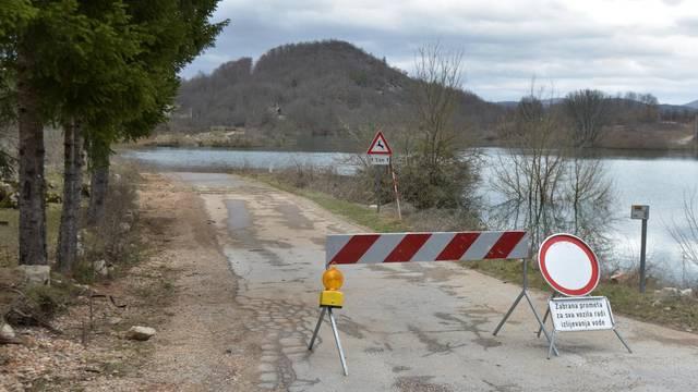 U Rijeci, Gorskom kotaru i Lici moguće su poplave, a u Ogulinu će proglasiti pripremno stanje