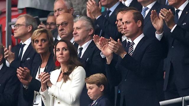 Šuker na Wembleyju utakmicu prati pored kraljevne, dobio mjesto uz princa Williama i Kate