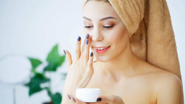 Zimska njega: Koristite kreme za hidrataciju i blage šampone