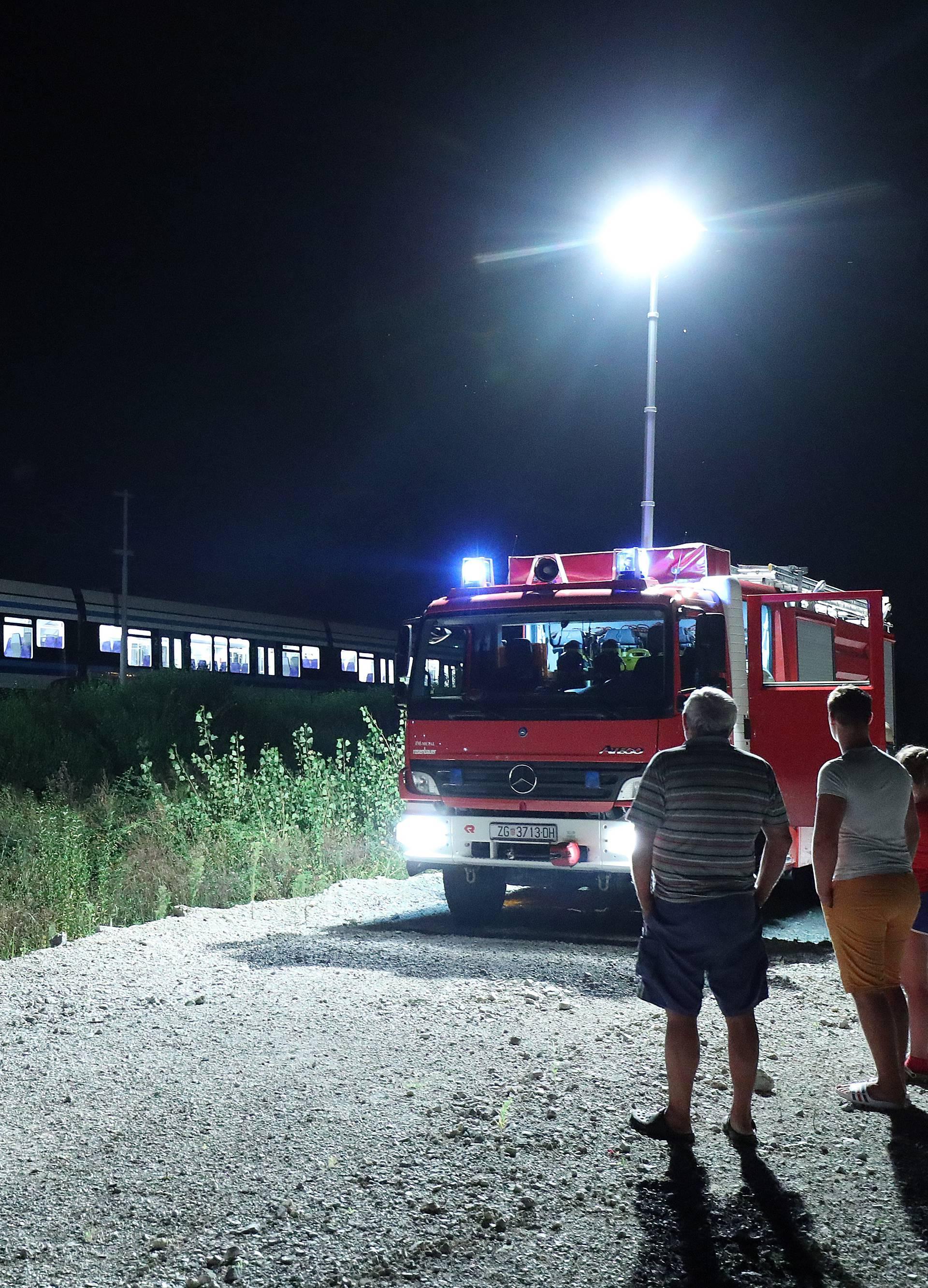 Tragedija u Zaprešiću: U naletu vlaka poginuli muškarac i žena