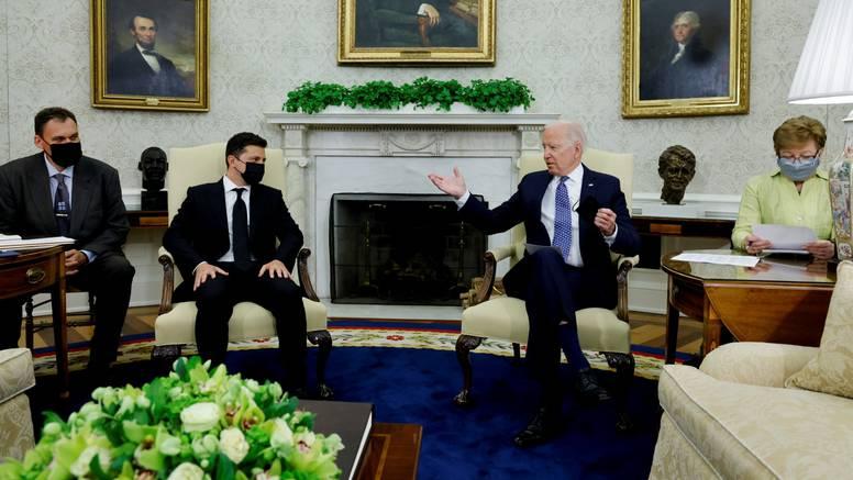 Biden obećao pomoć Zelenskom  ali o NATO-u nije bilo ni riječi
