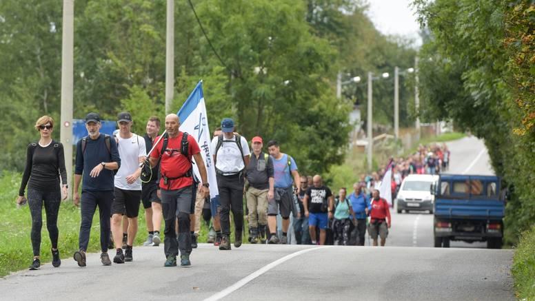 Hrvatski festival hodanja u Lici: Uživajte u šetnji kroz prirodu
