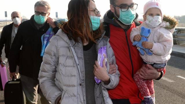 Hrabra Mila stigla u Ameriku: Čeka je nova borba za život
