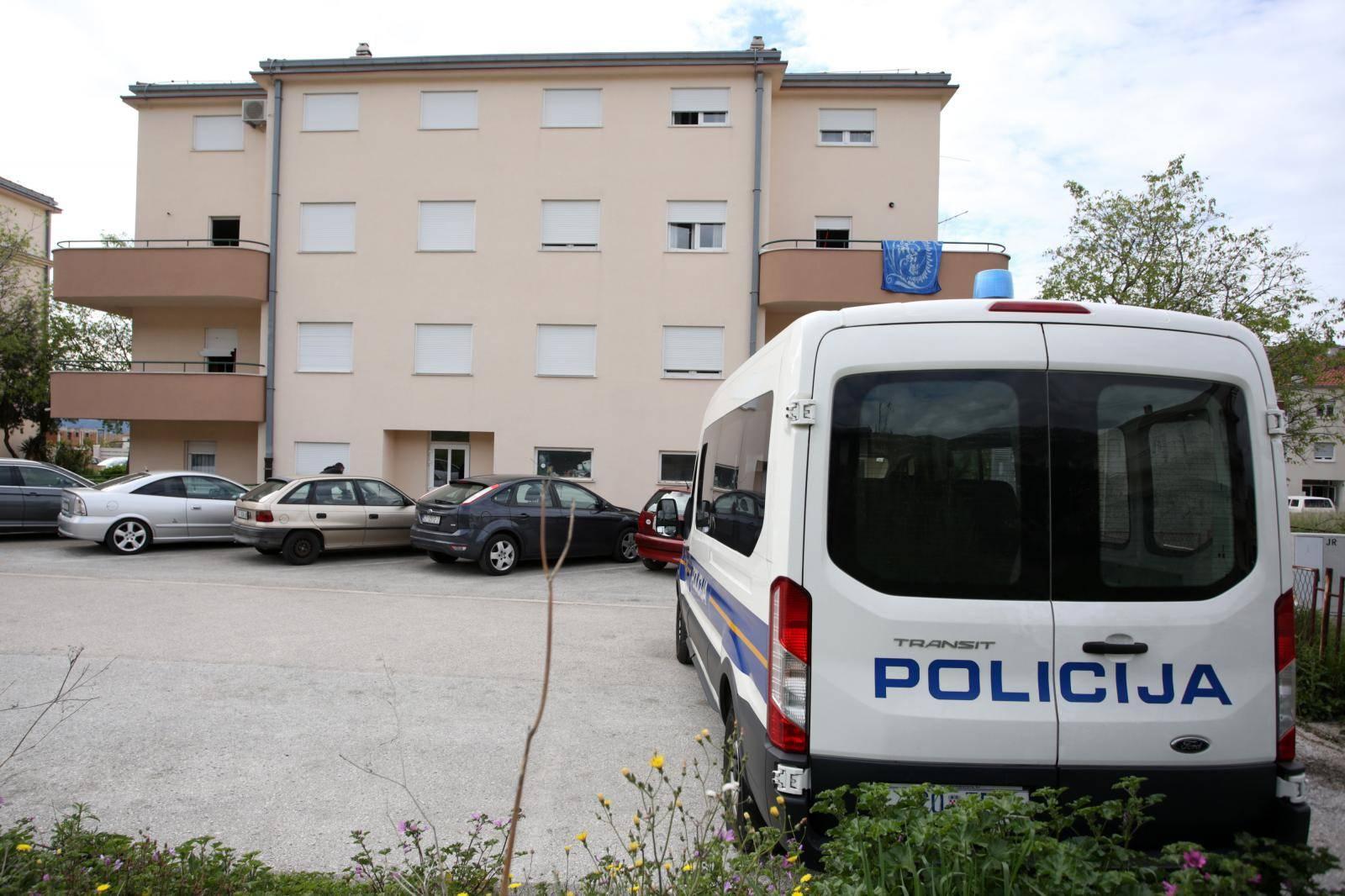 Kaštel Lukšić: Zgrada u kojoj je muškarac priveden zbog obiteljskog nasilja