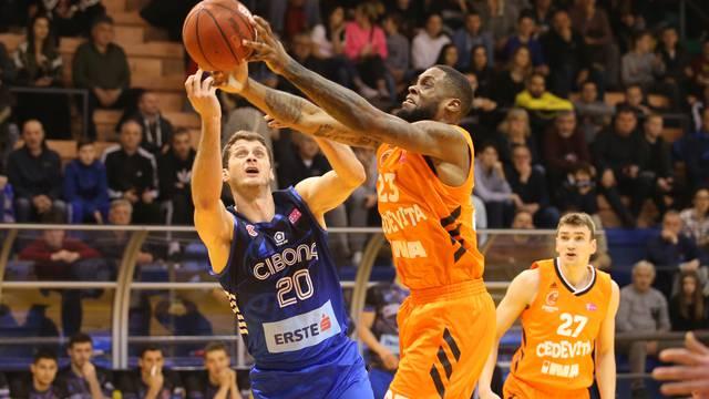 Split:  KK Cedevita i KK Cibona u finalnoj utakmici Kupa Krešimira Ćosića