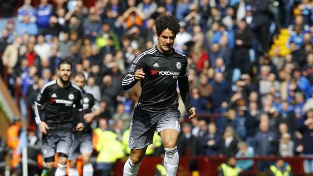 Chelsea deklasirao Aston Villu, Alexandre Pato zabio na debiju