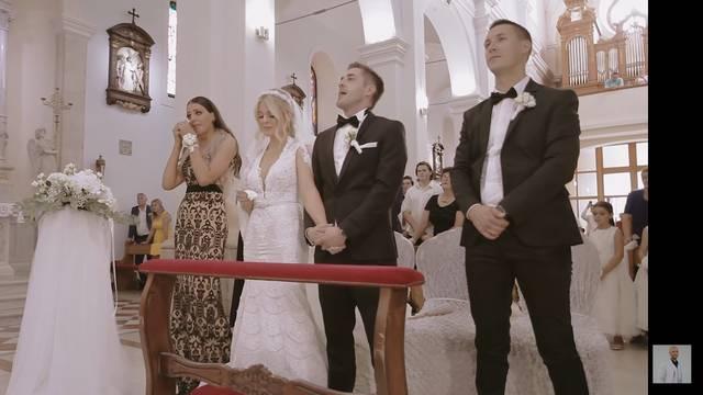 Vjenčanje iz snova: Poznati pjevač rasplakao cijelu crkvu