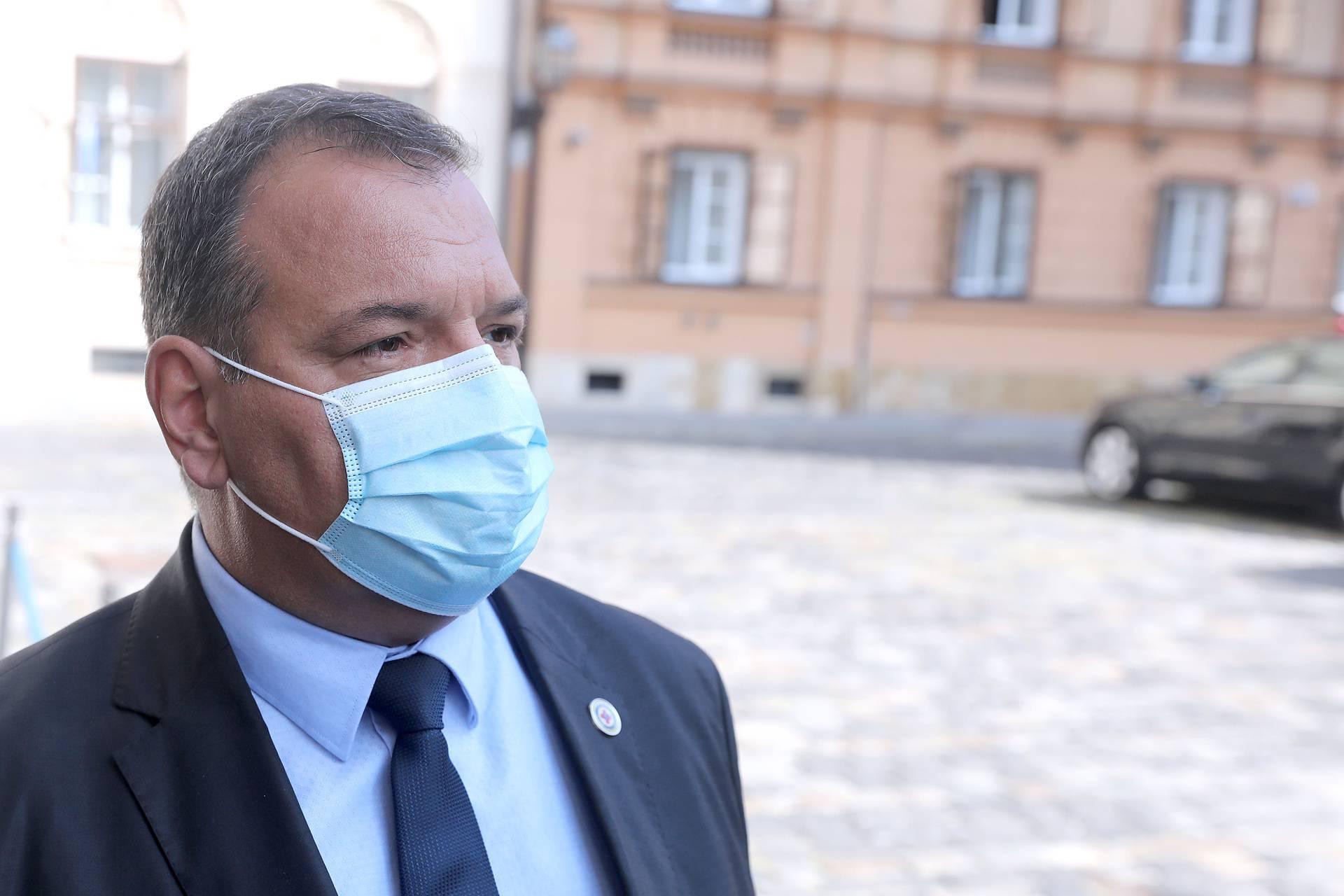 Zagreb: Ministri dolaze na sjednicu Užeg kabineta Vlade