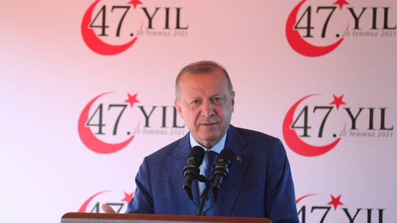 Milanović izrazio sućut  turskom predsjedniku  zbog požara i pozvao ga u posjet Hrvatskoj