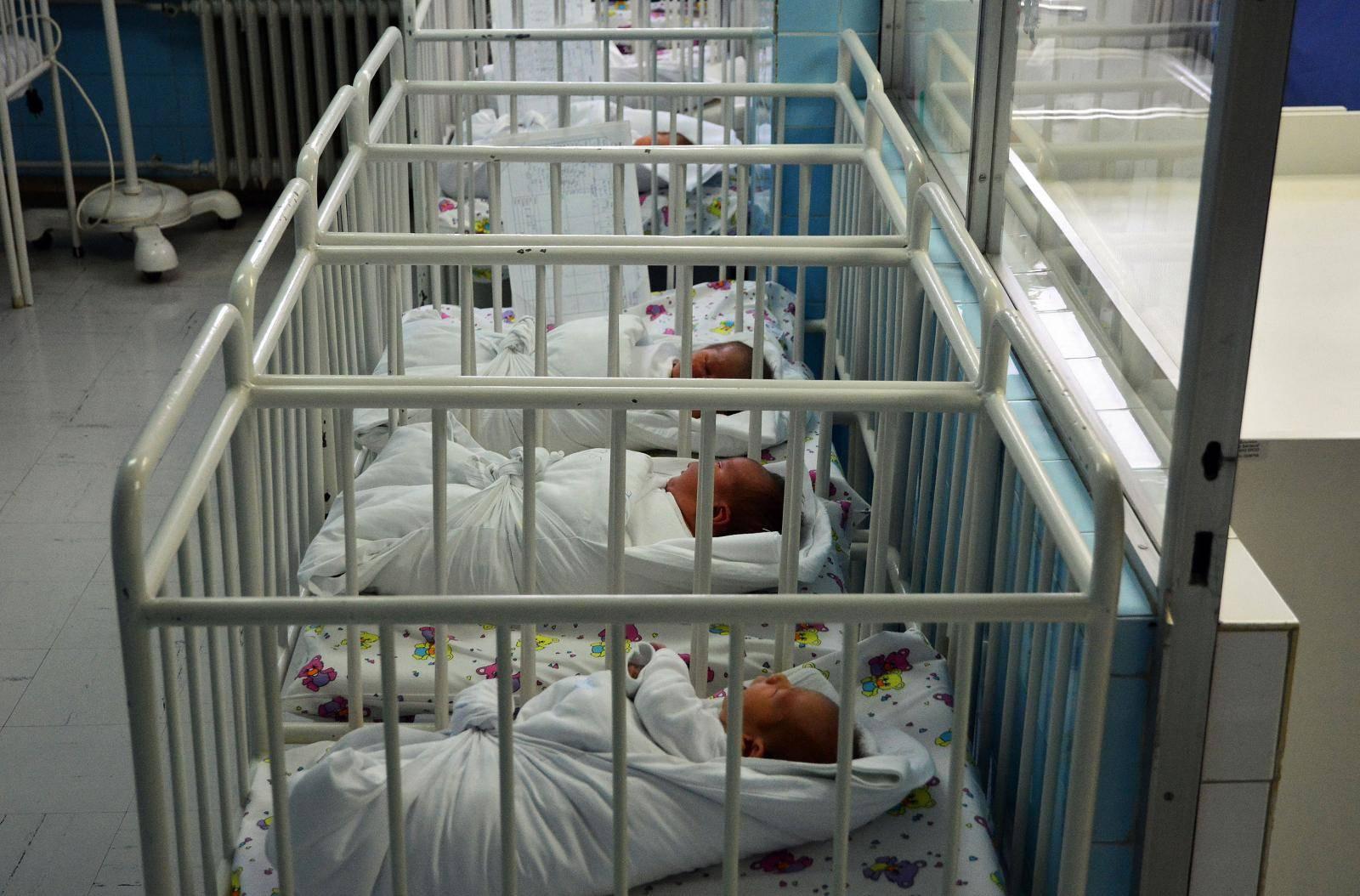 Preko usluge e-Novorođenče do naknade od 1000 kuna za bebu