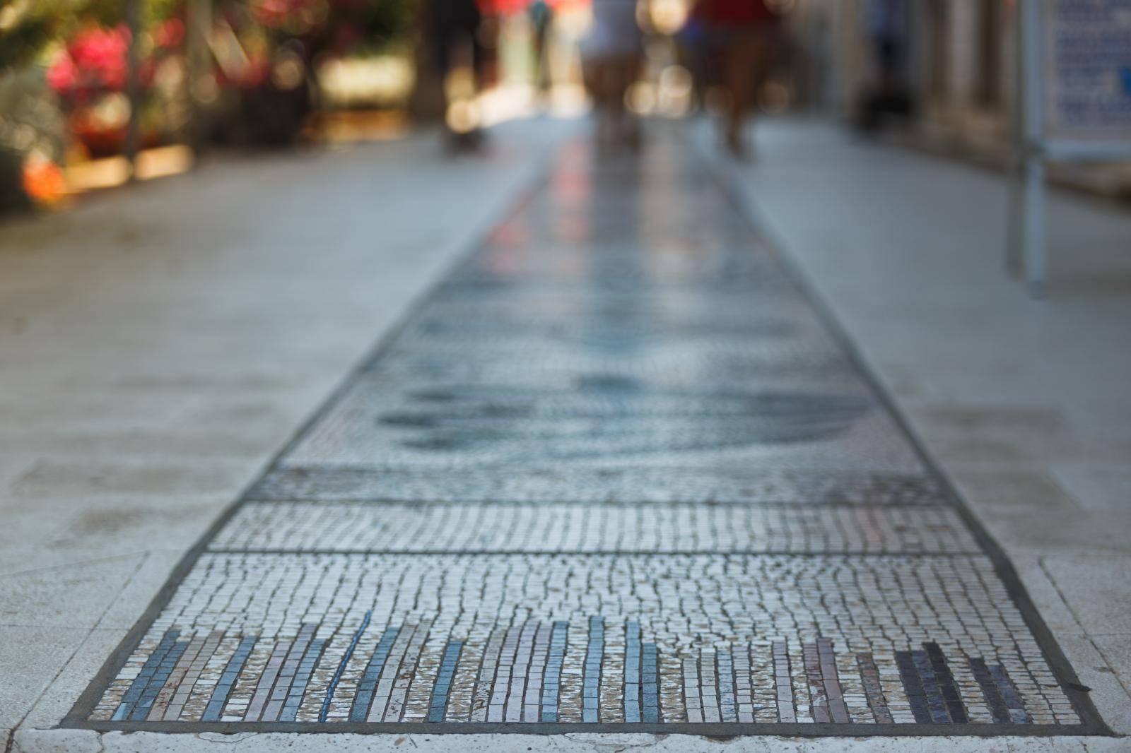 Mozaik u Veloj luci najduži je na svijetu
