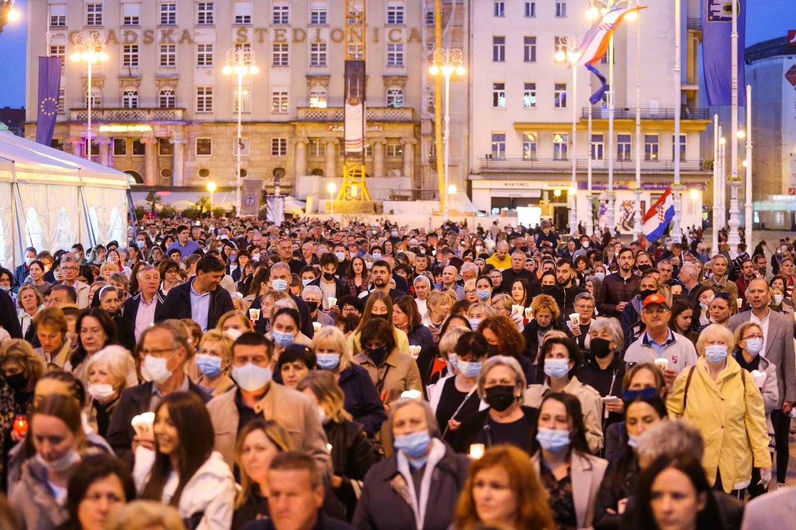 Procesija povodom blagdana zaštitnice Grada Zagreba Majke Božje od Kamenitih vrata