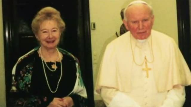 Tajna pisma: Ivan Pavao II. je 30 godina volio udatu ženu?