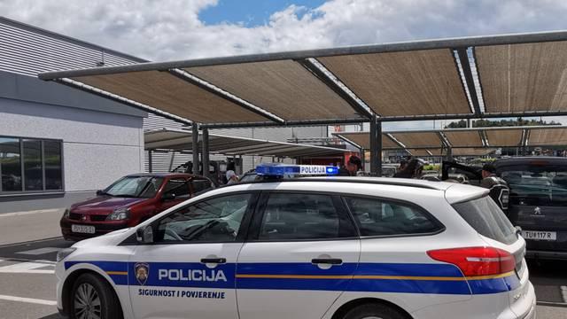 Talijan prodavao kamione koji ne postoje: Nagodio sa sudom