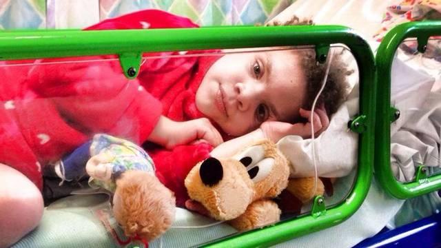 Čuvala kćer tjedan dana nakon smrti: 'Izgledala kao da spava'