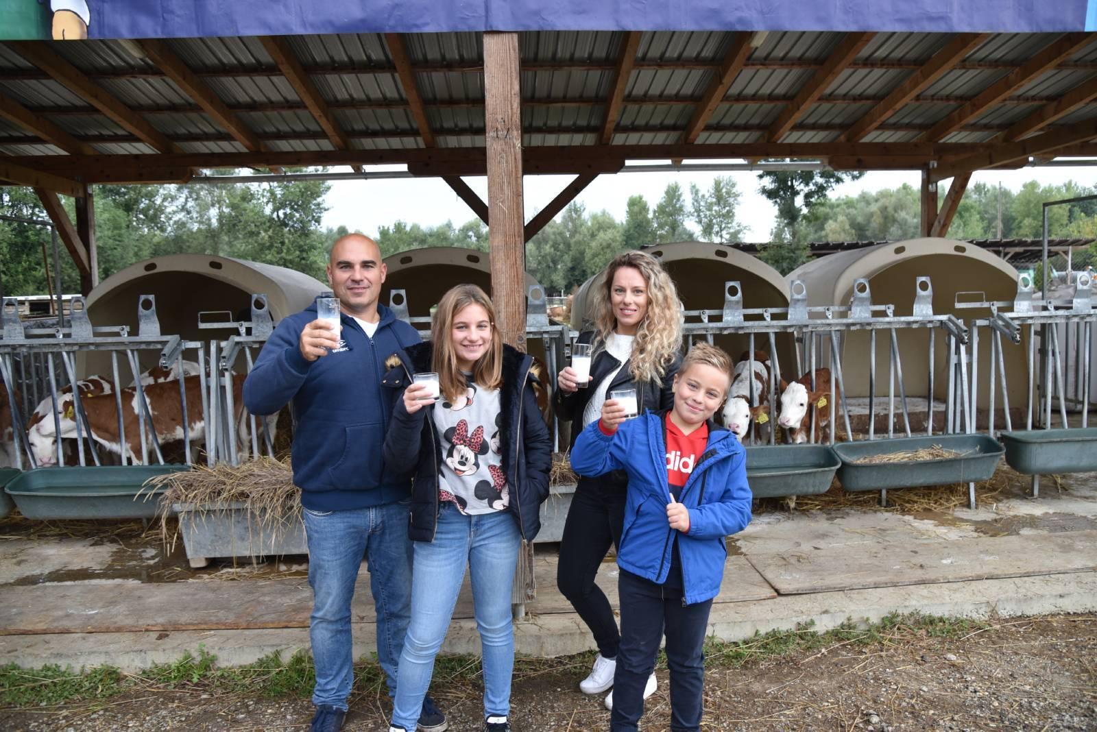 Svjetski dan školskog mlijeka na Zlata vrijednoj farmi PA-VITA