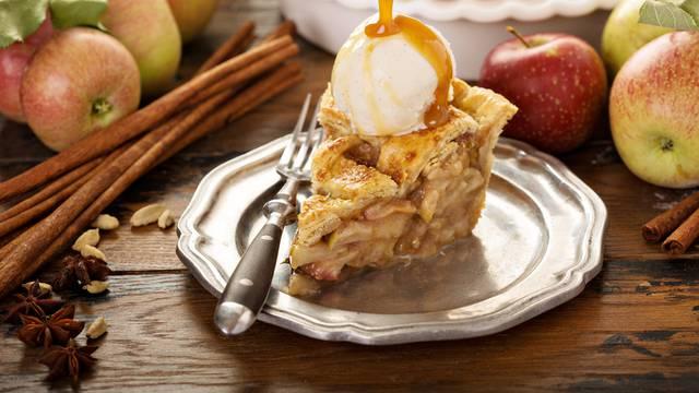 Pitu od jabuka možete napraviti i u mikrovalnoj - fantastična je