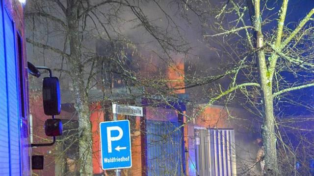 Izgorjela je zgrada krematorija, ali trupla su ostala netaknuta...