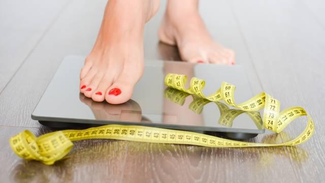 Na dijeti, a kilogrami stoje? Za to su 'krivi' mitovi o mršavljenju