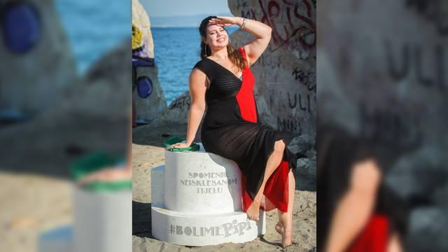 Bačvice: Prvi svjetski spomenik neisklesanom tijelu