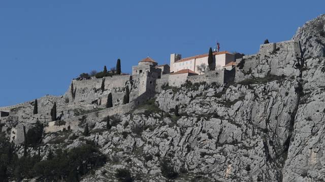 'Rekordnih 100.000 ljudi moglo bi obići tvrđavu Klis  u 2018.'