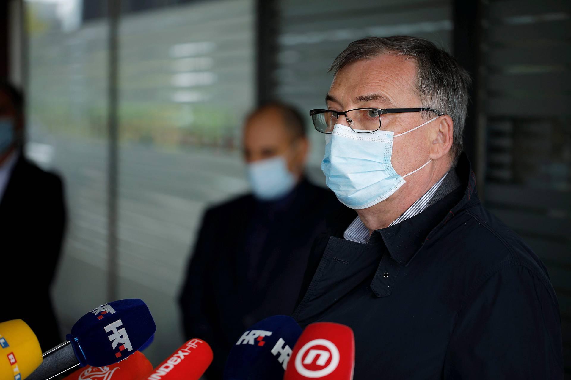 Markotić i Capak uvjereni da neće biti nestašice lijekova