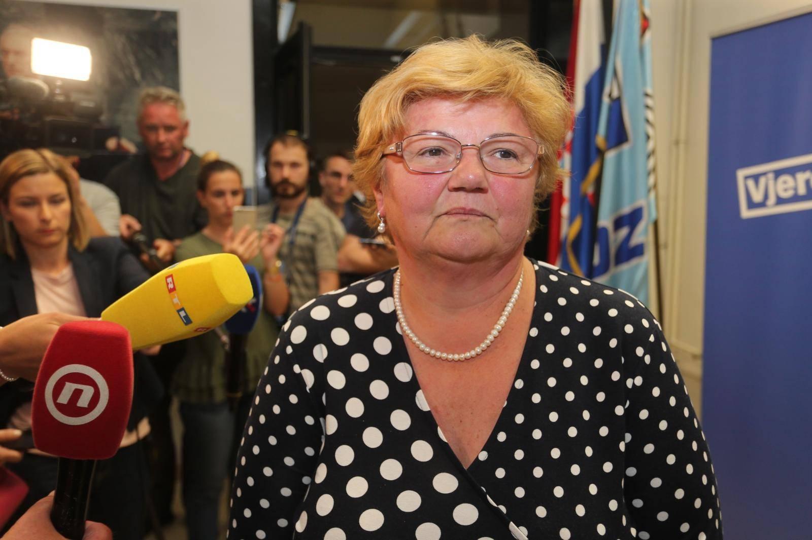Zagreb: Sastanak Predsjedništva i Nacionalnog vijeæa HDZ-a, Plenkoviæ izašao bez rijeèi