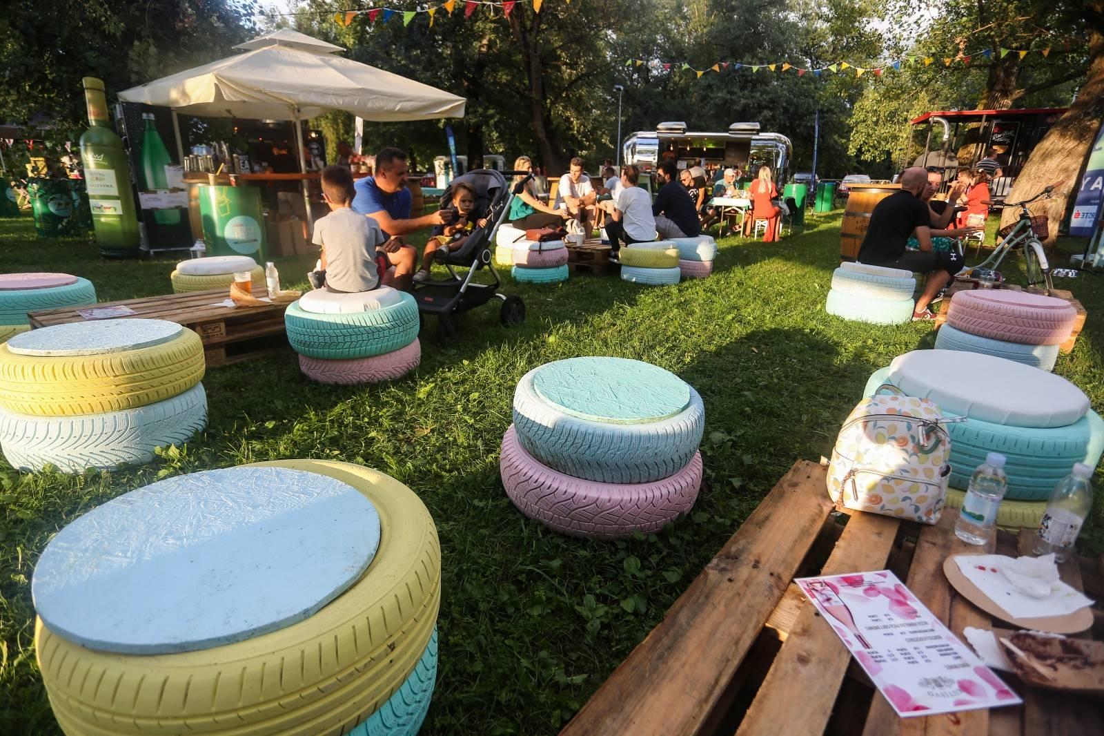 Zagreb: Na Jarunu otvoren Food Truck festival