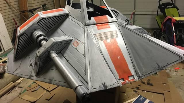Svemirski brod od kartona