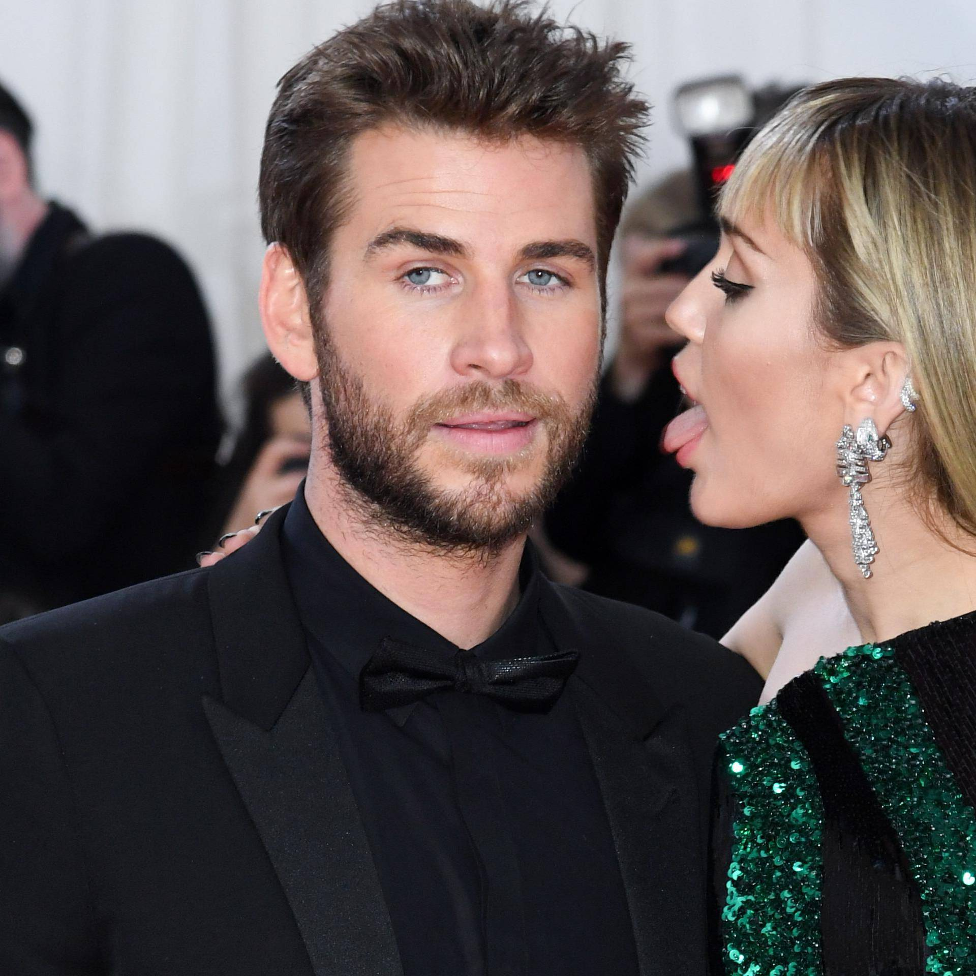 Ipak je privlače žene: Cyrus se razvodi nakon 8 mjeseci braka