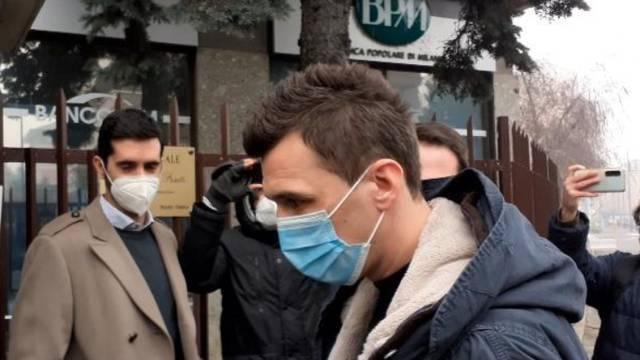 Mandžo u Milanu: Prošao je liječnički, fotkao se s navijačima