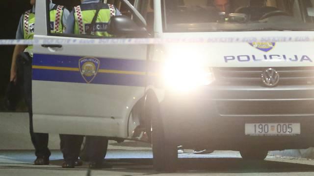 Bez vozačke oduzeo prednost autu: Ozlijeđen muškarac (41)