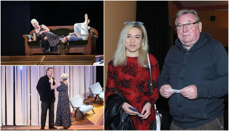 Krema političara na premijeri: Šeks ponosno pokazao unuku...