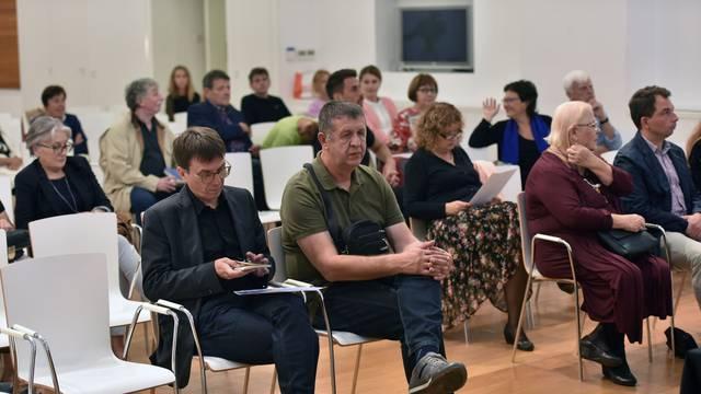Rovinj: Književniku Josipu Mlakiću uručena nagrada Mirko Kovač