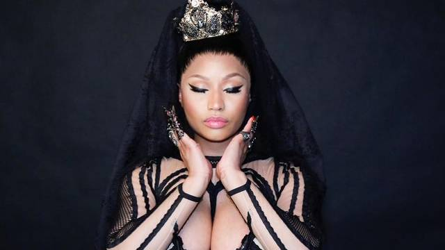 Reperica Nicki Minaj utegnula bujne obline u hrvatski korzet