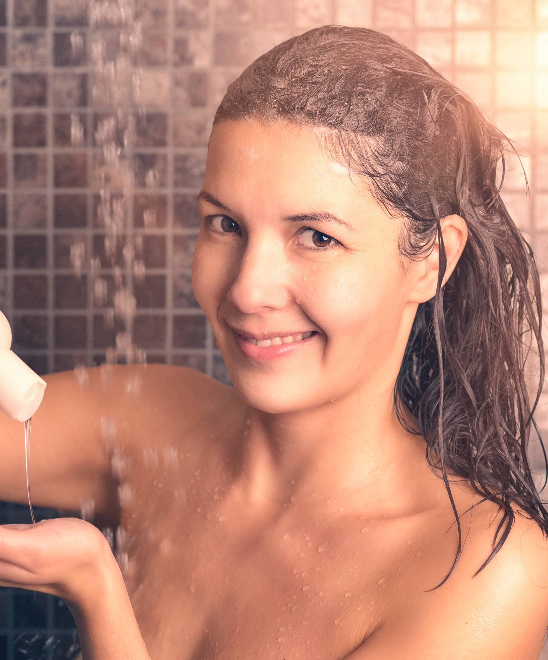 Bakterije i virusi se ne mogu zadržati na kosi ako je perete