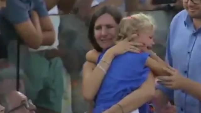Drama na teniskom spektaklu: Stadion zaplakao s djevojčicom