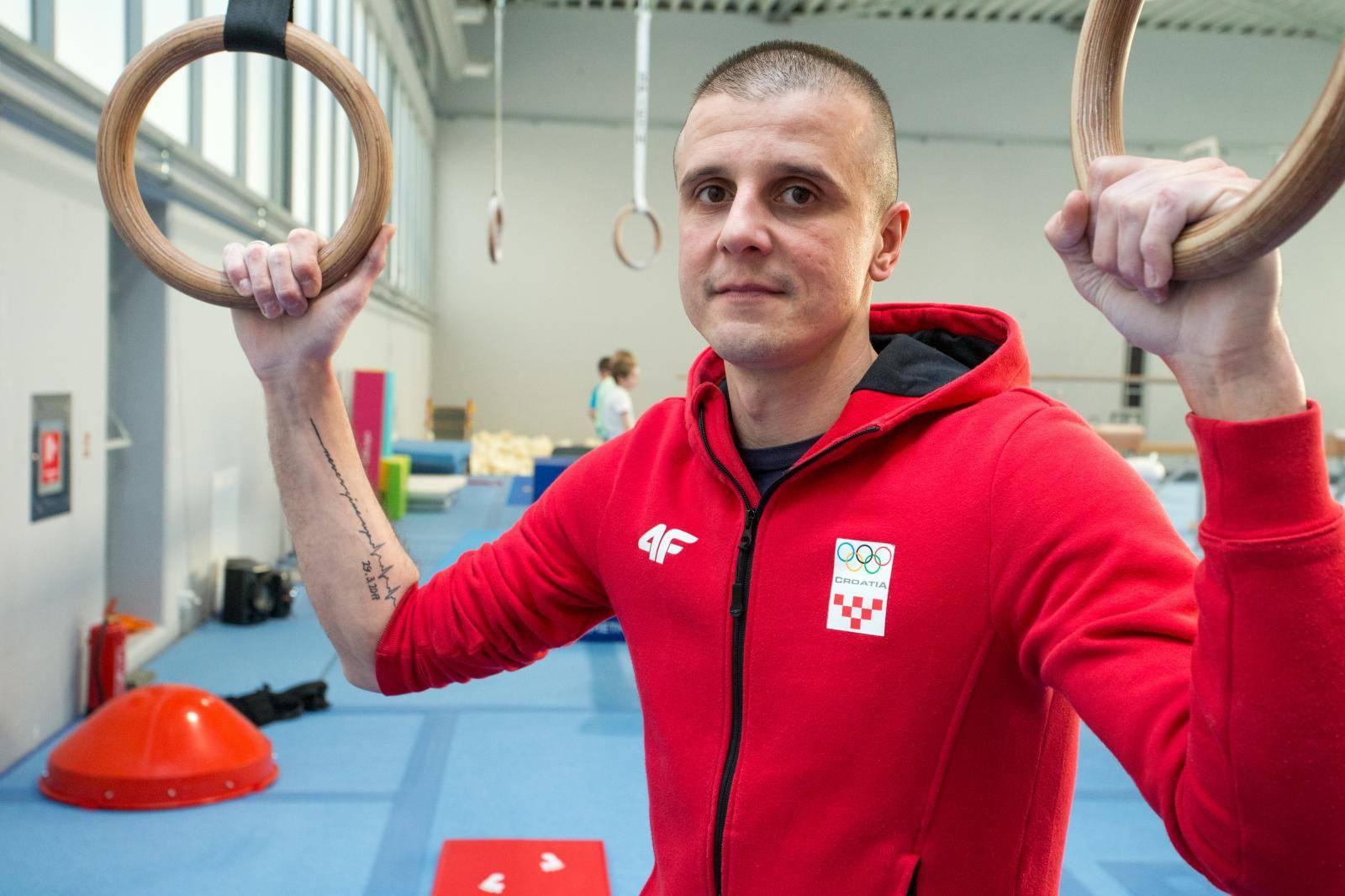 Tomislav ima mini uređaj koji šalje alarm kad mu staje srce