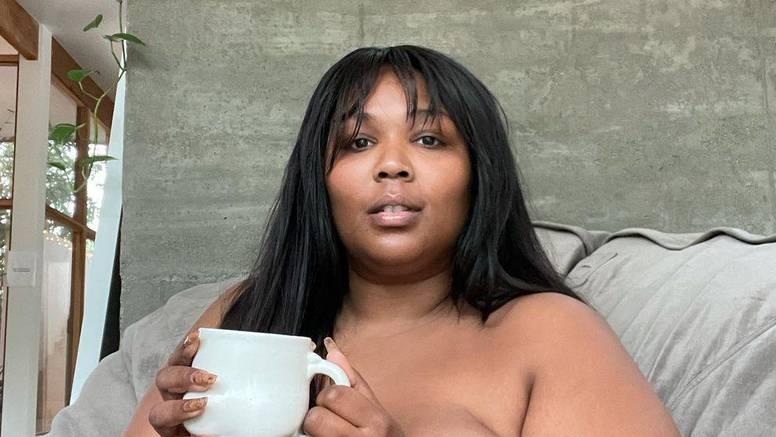 Pjevačica pozirala bez odjeće, šminke i Photoshopa: 'Prirodna'