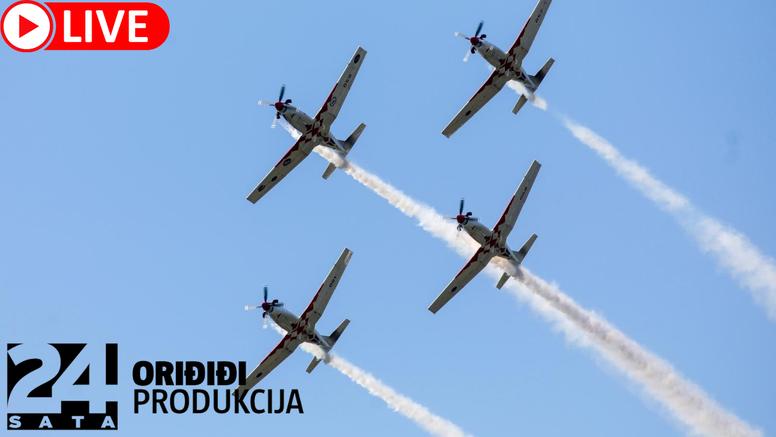 Spektakl na nebu: Helikopteri i avioni izvode vratolomije u spomen na legendarnog Rudija