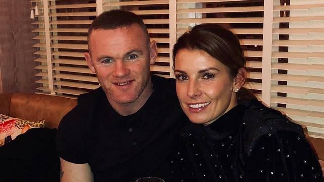 Žena poludjela zbog Rooneyeve nevjere: Glup si, raskini ugovor