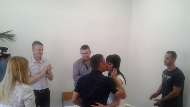 Vjenčanje u zatvoru