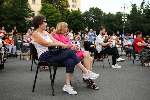 Zagrepčani uživaju u Ljetnim večerima HNk-a