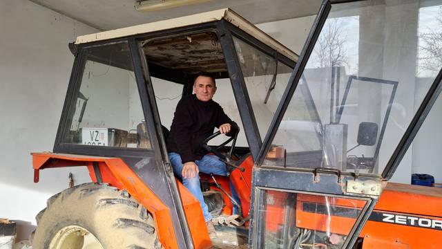 'Neka mi Beroš objasni kako su u mom traktoru otkrili virus koji je skakao dok sam gnojio njivu'