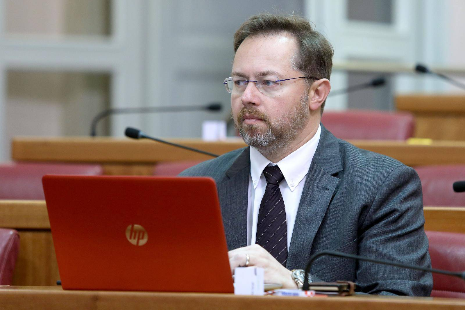 Zagreb: Sabor raspravlja o poreznim zakonima